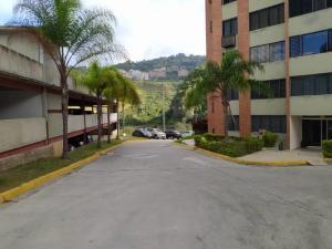 Apartamento En Venta En Caracas - Los Naranjos Humboldt Código FLEX: 20-7196 No.14