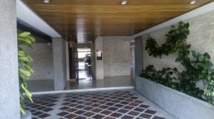 Apartamento En Venta En Caracas - Colinas de Santa Monica Código FLEX: 20-6960 No.1