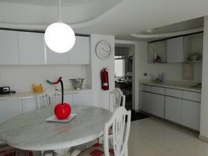 Apartamento En Venta En Caracas - Alto Hatillo Código FLEX: 20-7008 No.13
