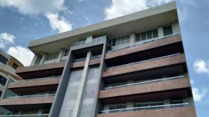 Apartamento En Venta En Valencia - Terrazas del Country Código FLEX: 20-7601 No.1