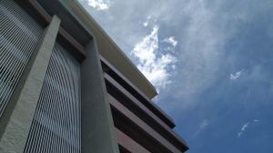 Apartamento En Venta En Valencia - Terrazas del Country Código FLEX: 20-7602 No.0