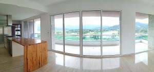 Apartamento En Venta En Valencia - Terrazas del Country Código FLEX: 20-7602 No.1