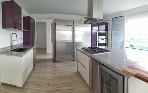 Apartamento En Venta En Valencia - Terrazas del Country Código FLEX: 20-7602 No.2