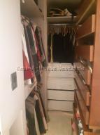 Apartamento En Venta En Caracas - Colinas de La Tahona Código FLEX: 20-7646 No.12