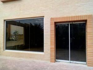 Local Comercial En Alquiler En Valencia - Zona Industrial Código FLEX: 20-7648 No.2