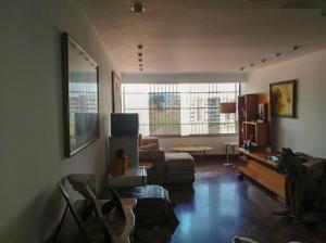 Apartamento En Venta En Caracas - Colinas de Santa Monica Código FLEX: 20-7687 No.3