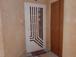 Apartamento En Venta En Valencia - Las Chimeneas Código FLEX: 20-8123 No.2
