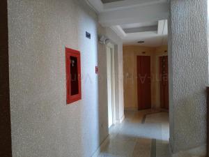 Apartamento En Venta En Valencia - Las Chimeneas Código FLEX: 20-8123 No.15