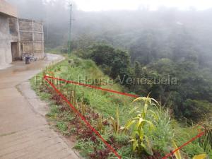 Terreno En Venta En Caracas - El Hatillo Código FLEX: 20-7867 No.1
