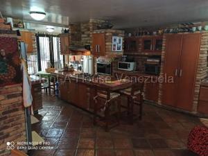 Casa En Venta En Caracas - Los Chorros Código FLEX: 20-8066 No.8