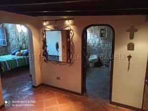 Casa En Venta En Caracas - Los Chorros Código FLEX: 20-8066 No.16