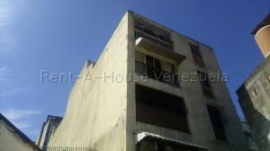 Apartamento En Venta En Caracas - La Pastora Código FLEX: 20-7877 No.0