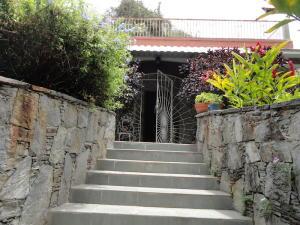 Casa En Venta En Caracas - Colinas de Bello Monte Código FLEX: 20-7927 No.1