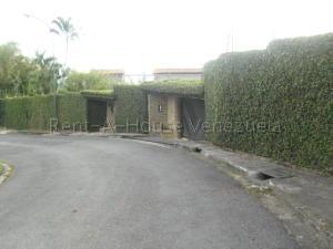 Casa En Venta En Caracas - La Lagunita Country Club Código FLEX: 20-7929 No.0