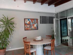 Casa En Venta En Valencia - El Parral Código FLEX: 20-8104 No.3