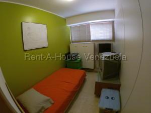 Apartamento En Venta En Caracas - Prados del Este Código FLEX: 20-8047 No.15