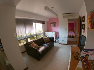 Apartamento En Venta En Caracas - Prados del Este Código FLEX: 20-8047 No.2