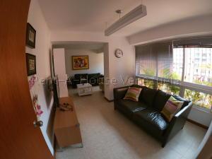 Apartamento En Venta En Caracas - Prados del Este Código FLEX: 20-8047 No.4