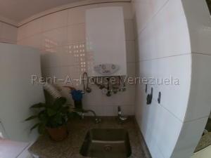 Apartamento En Venta En Caracas - Prados del Este Código FLEX: 20-8047 No.14