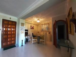Apartamento En Venta En Valencia - Sabana Larga Código FLEX: 20-8137 No.13
