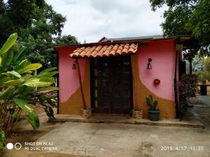 Casa En Venta En Valencia - Safari Country Club Código FLEX: 20-8169 No.4