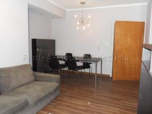 Apartamento En Venta En Valencia - Valle Blanco Código FLEX: 20-8202 No.2