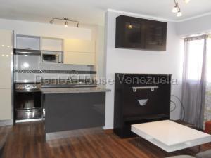 Apartamento En Venta En Valencia - Valle Blanco Código FLEX: 20-8202 No.3