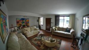 Casa En Venta En Valencia - El Parral Código FLEX: 20-8207 No.1