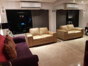 Apartamento En Venta En Caracas - Colinas de La Tahona Código FLEX: 20-7646 No.5