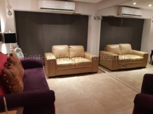 Apartamento En Venta En Caracas - Colinas de La Tahona Código FLEX: 20-7646 No.6
