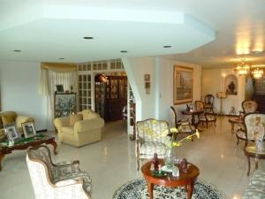 Casa En Venta En Caracas - Cumbres de Curumo Código FLEX: 20-8284 No.1