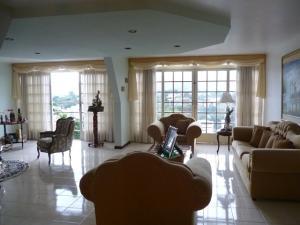 Casa En Venta En Caracas - Cumbres de Curumo Código FLEX: 20-8284 No.3
