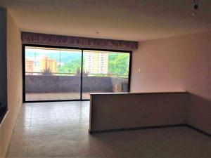 Apartamento En Venta En Valencia - El Parral Código FLEX: 20-8327 No.1