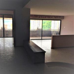 Apartamento En Venta En Valencia - El Parral Código FLEX: 20-8327 No.2