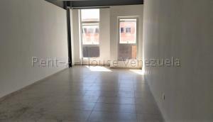 Local Comercial En Alquiler En Valencia - Zona Industrial Código FLEX: 20-7662 No.2