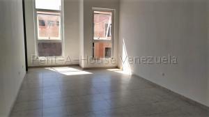 Local Comercial En Alquiler En Valencia - Zona Industrial Código FLEX: 20-7662 No.3