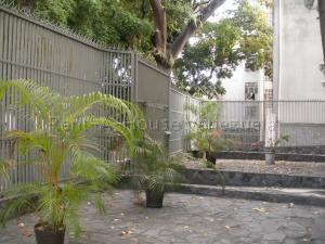 Apartamento En Venta En Caracas - San Bernardino Código FLEX: 20-8556 No.13