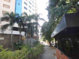 Apartamento En Venta En Valencia - La Trigaleña Código FLEX: 20-8683 No.12