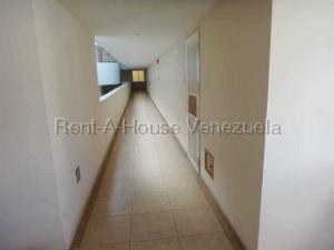 Apartamento En Venta En Valencia - La Trigaleña Código FLEX: 20-8683 No.13