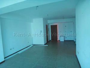 Apartamento En Venta En Valencia - La Trigaleña Código FLEX: 20-8683 No.4