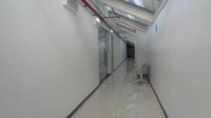 Oficina En Alquiler En Caracas - Los Dos Caminos Código FLEX: 20-8767 No.12