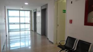 Oficina En Alquiler En Caracas - Los Dos Caminos Código FLEX: 20-8767 No.13