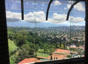 Townhouse En Alquiler En Caracas En Alto Prado - Código: 20-8777