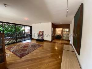 Apartamento En Alquiler En Caracas En Altamira - Código: 20-8968