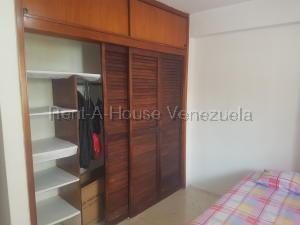 Apartamento En Venta En Caracas - Parroquia La Candelaria Código FLEX: 20-9276 No.16