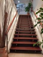 En Alquiler En Caracas - Chuao Código FLEX: 19-10296 No.1