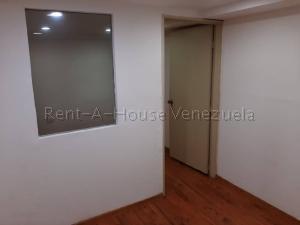 En Alquiler En Caracas - Chuao Código FLEX: 19-10296 No.6