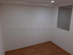 En Alquiler En Caracas - Chuao Código FLEX: 19-10296 No.7