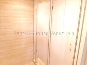 En Alquiler En Caracas - Chuao Código FLEX: 19-10296 No.15