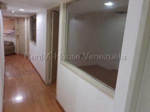 Local Comercial En Alquiler En Caracas - Chuao Código FLEX: 19-10303 No.4